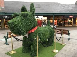 Enormous scottie dog