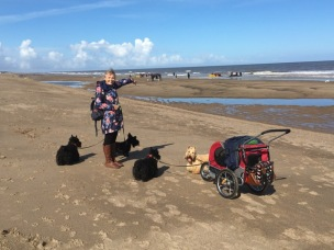 Maggie, Bertie and us at Mabletherpe